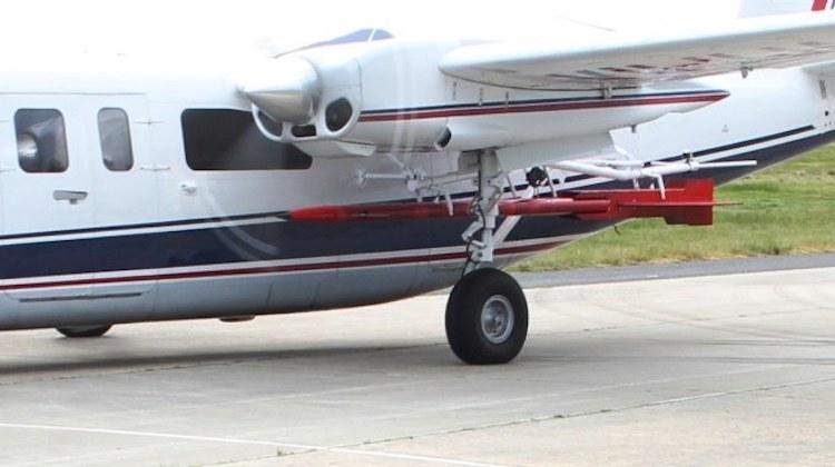 evader-under-wing
