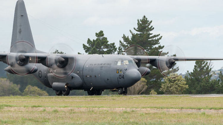 A C-130H(NZ) Hercules aircraft from 40 SQN conducts flying training at Whenuapai.