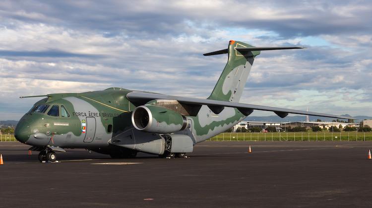 Embraer-KC390-PT-ZNJ-YBBN-100717-Lance-Broad_750