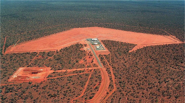 An aerial view of a Jindalee Operational Radar Network(JORN) transmitter site at Laverton, Western Australia. *** Local Caption *** The Jindalee Operational Radar Network (JORN) is a strategic asset used in the Defence of Australia. JORN is a network of three over-the-horizon radars that can detect aircraft and ships between 1000 and 3000km from the northern coastline of mainland Australia