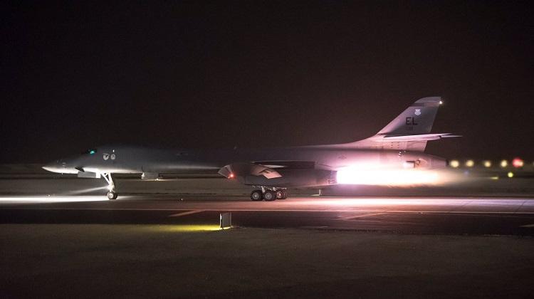 B-1-take-off