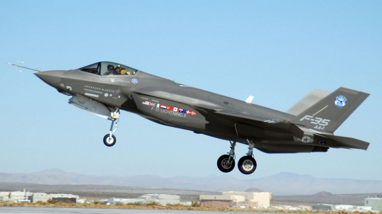 1280px-F-35_at_Edwards